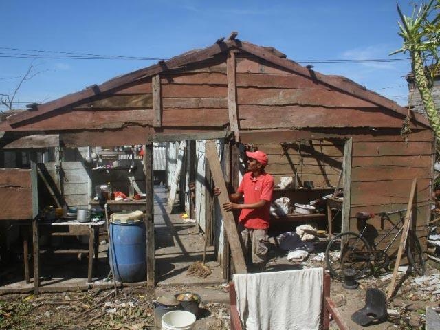 Hurricane Matthew hits Cuba