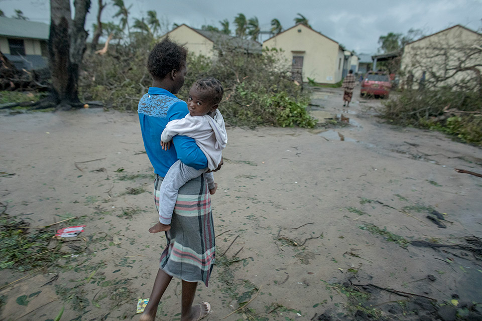 Mother and child after Cyclone Idai hit Mozambique