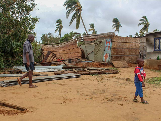 Mozambique hit by cyclone
