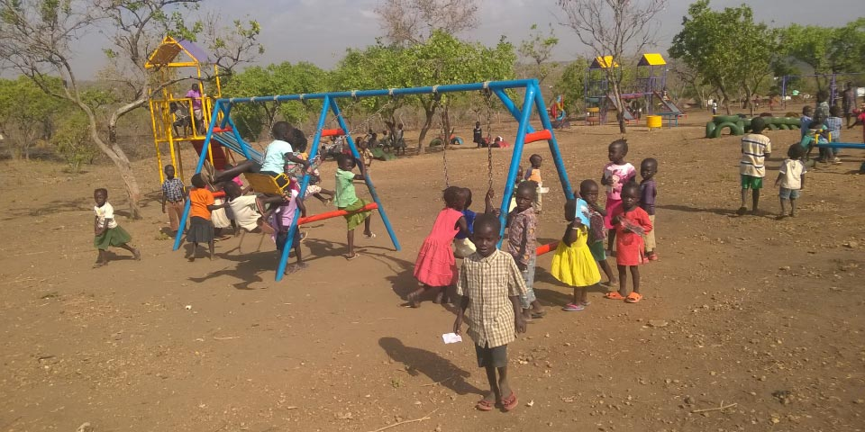 Spaces for children to play in the aftermath of the South Sudan refugee crisis