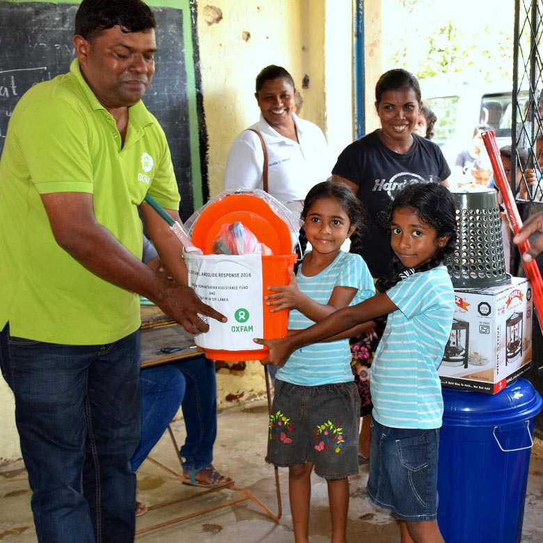 Support for people affected by floods in Sri Lanka